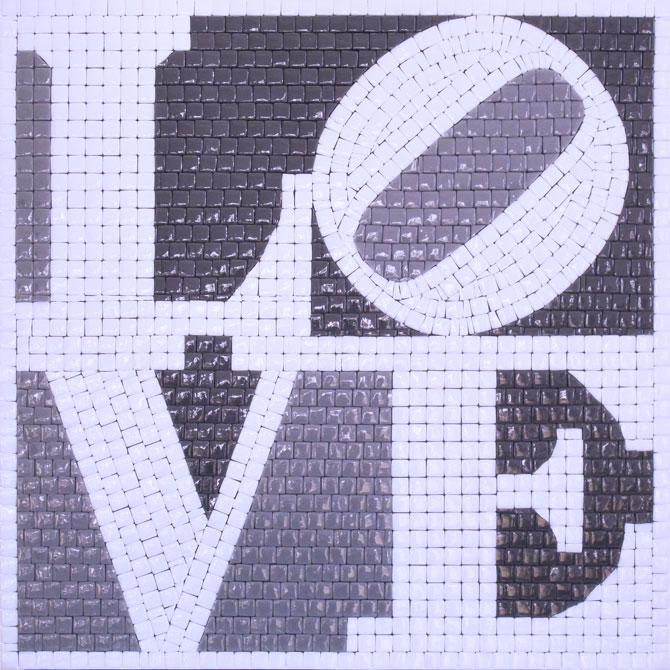 quadro-mosaico-love-robert-indiana-grey